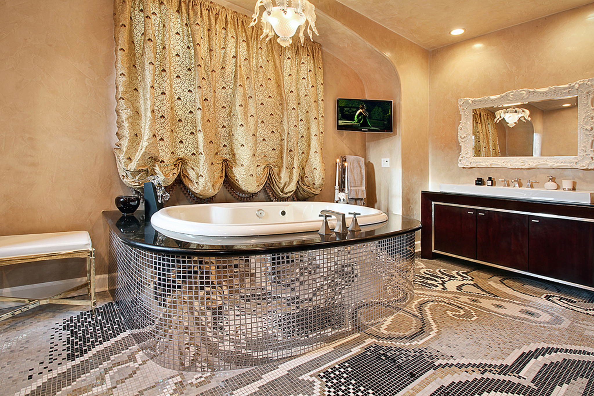 A masterful creator of luxury interiors rancho santa fe for Luxury master bath designs