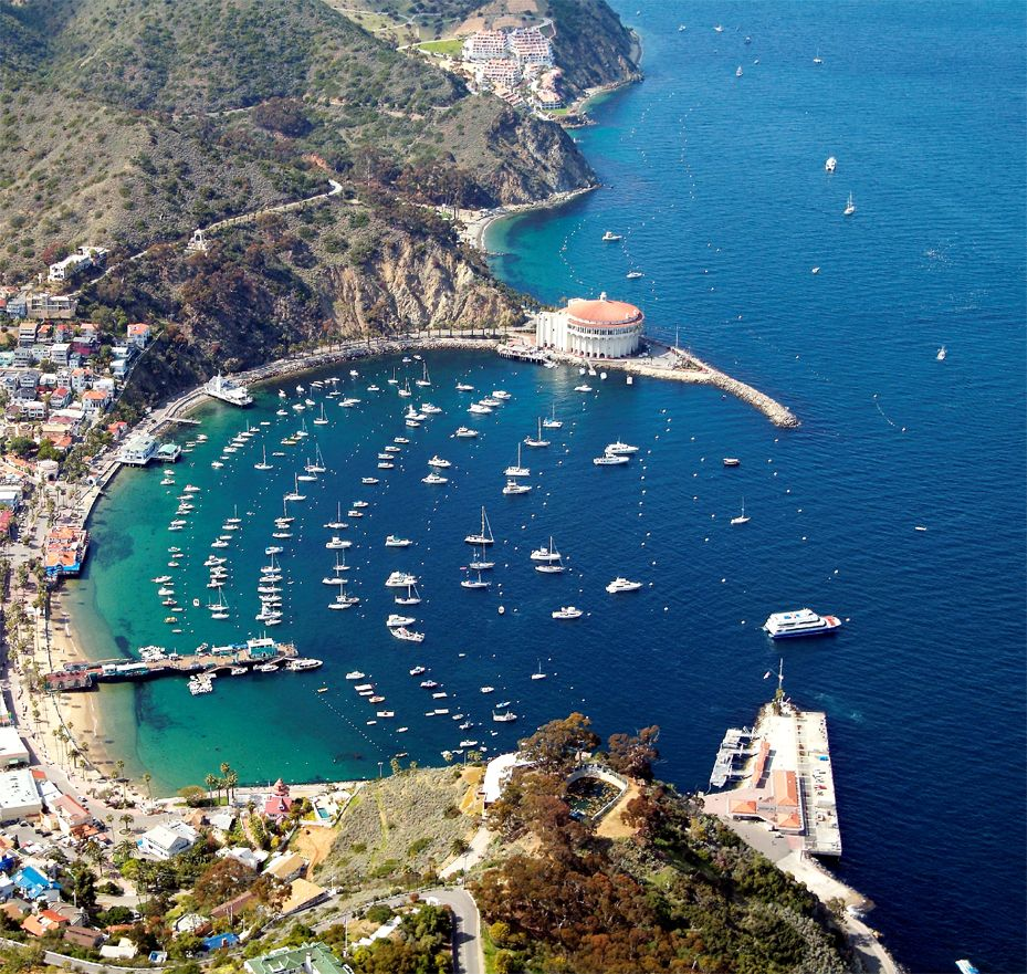 Travel-to-Catalina-Island-City-of-Avalon-Exclusive-Escapes-Weekends-Getaways-Luxury-Travel-Destinations-beverly-hills-magazine-2