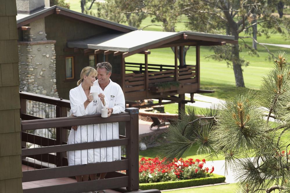 Rancho-Santa-Fe-Magazine-Spa-Packages-Torrey-Pines-Lodge-Torrey-Pines-La-Jolla-Golf-Course-1