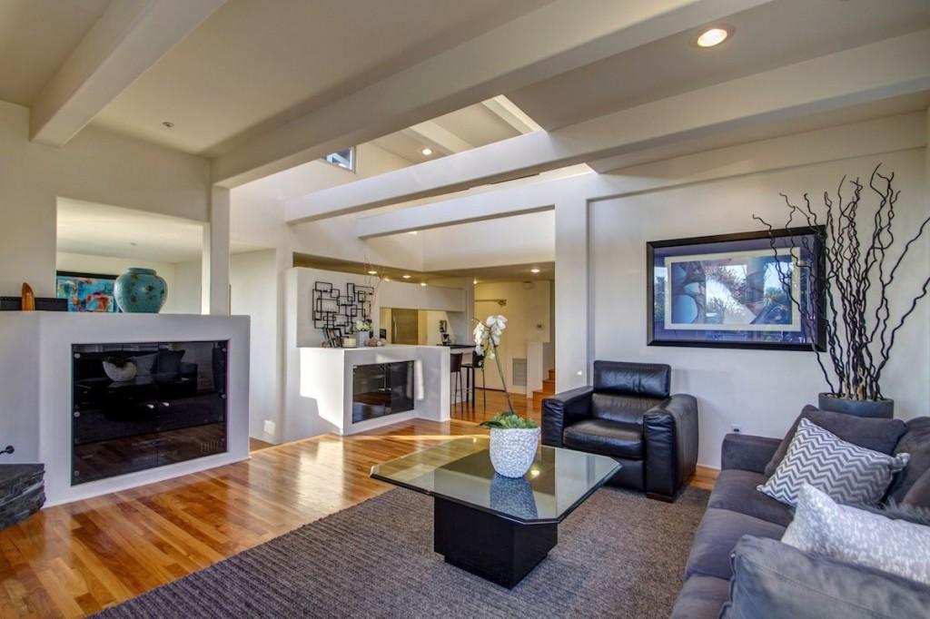 Rancho-Santa-Fe-Real-Estate-Cardiff-Beach-House-Rancho-Santa-Fe-Magazine-Cardiff-Homes-for-sale-1