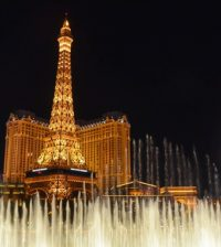 Best Ways to Travel to Vegas for a Night on the Town