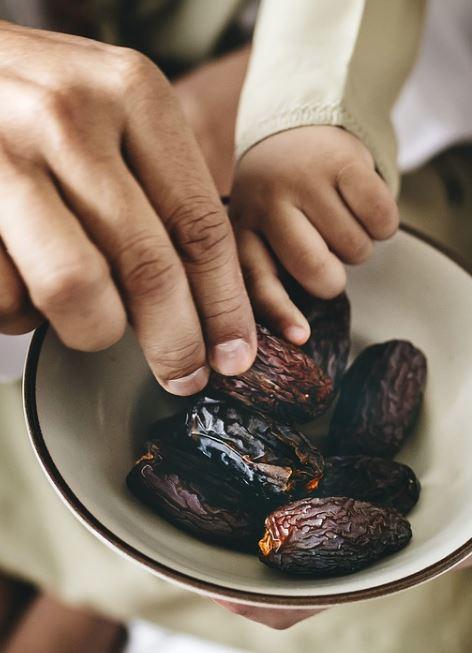 rancho-santa-fe-magazine-gourmet-gifts-date-fruits-gourmet-gift-ideas-1
