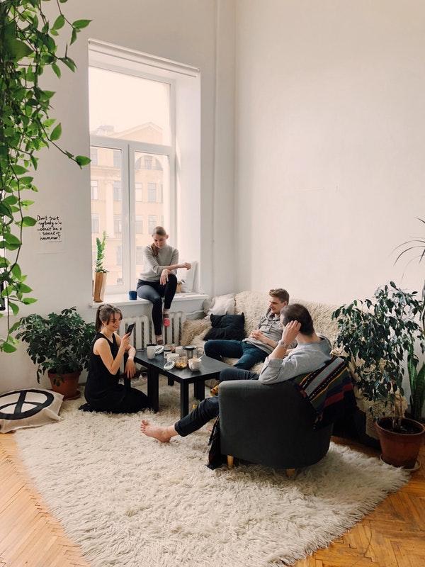 beverly-hills-magazine sharedeasy intern housing in new york city roommates